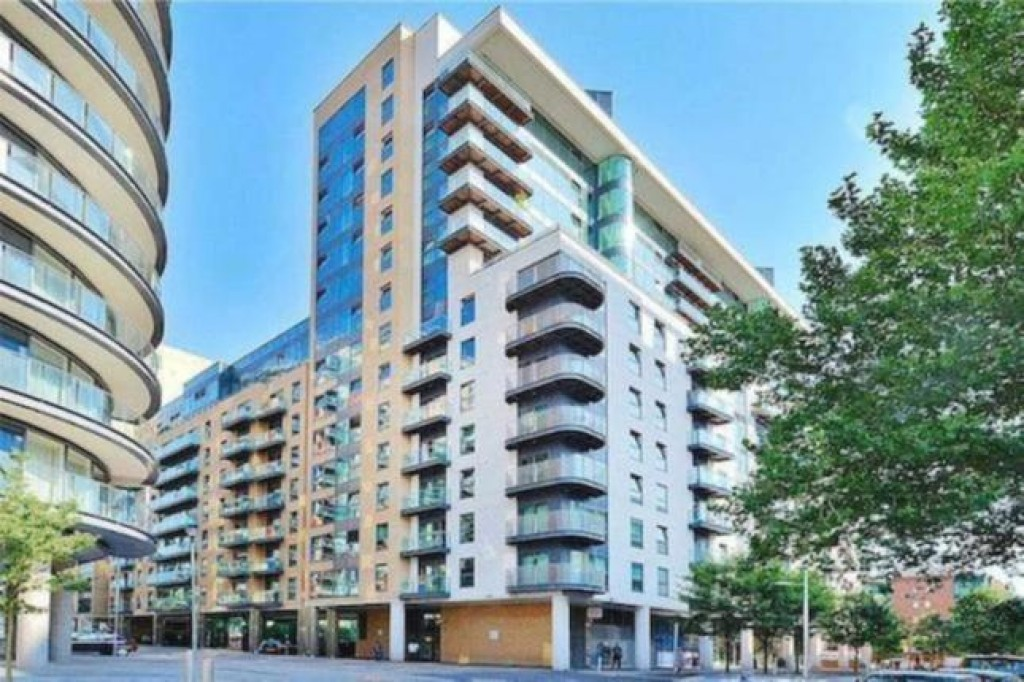 Images for 41 MILLHARBOUR LONDON E14 9NA EAID:3f40363ad7e221028e9eb5ef1708ea31 BID:1